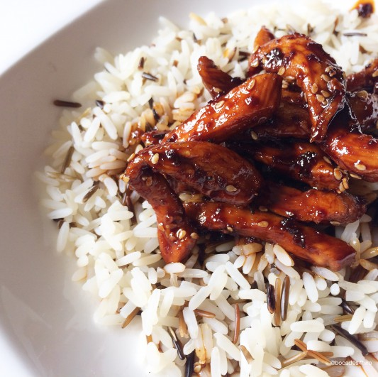 pollo teriyaki con arroz salvaje